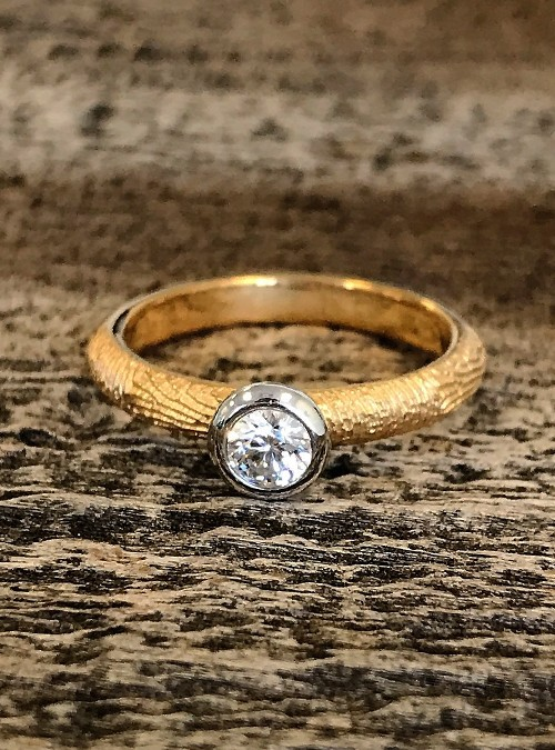 Fingerprint Engagement Ring, Yellow Gold, round, 3mm