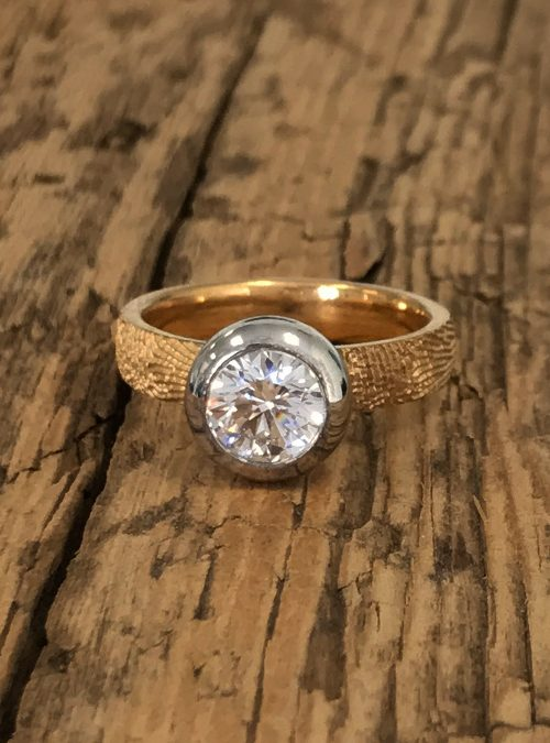 Fingerprint Engagement Ring, Yellow Gold, round, 4mm