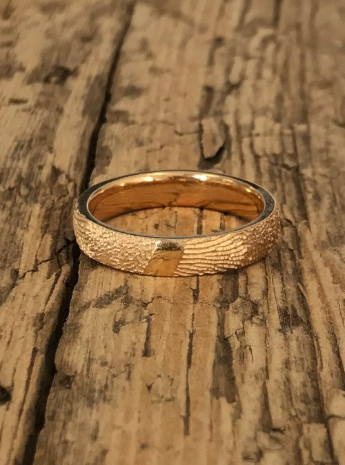 Fingerprint Ring, Yellow Gold, round, 4mm