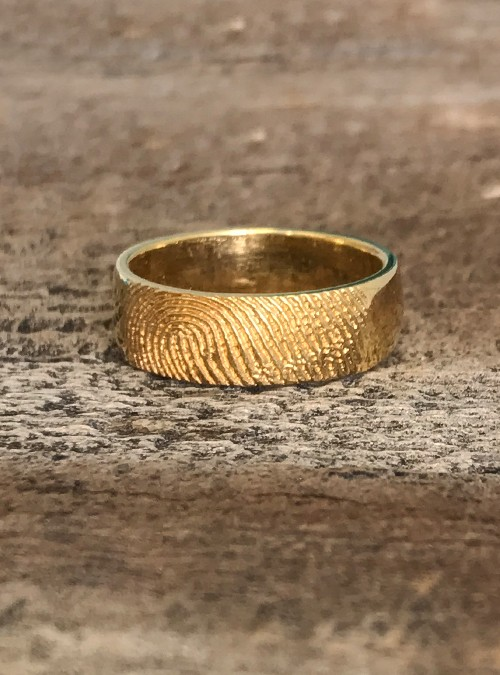 Fingerprint Ring, Yellow Gold, Round, 7mm